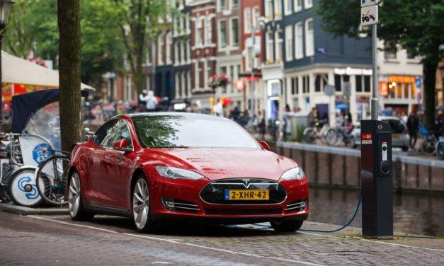 Europa: Mindre diesel, mer bensin, hybrid og elektrisk.